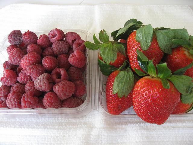 frambuesas frutillas