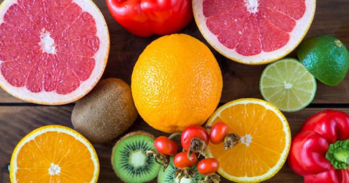 Estudio: la vitamina C podría ayudar a los adultos mayores a retener la masa muscular