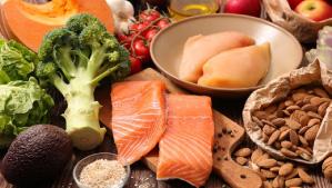 Harvard: experto señala que la dieta puede afectar el riesgo y la gravedad del COVID-19